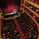 27 Μαρτίου: Παγκόσμια Ημέρα Θεάτρου. Το Δημοτικό Θέατρο Πειραιά προσκαλεί τη μαθητική και εκπαιδευτική κοινότητα