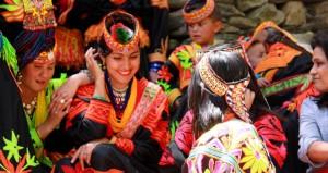 Kalash_women_traditional_clothing-1