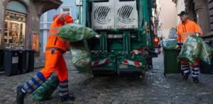Φωτογραφία από την  υπηρεσία αποκομιδής οικιακών απορριμμάτων στην πόλη Φράιμπουργκ