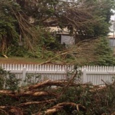 Cyclone Olwyn: Aboriginal people denied access to cyclone shelter