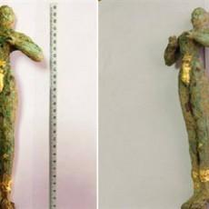 ΚΡΗΤΗ. Αρχαιοκάπηλοι προσπάθησαν να πουλήσουν χάλκινο ειδώλιο Κούρου (16ος-15ος αιών π.χ.χ.) ανεκτίμητης αξίας για 1 εκ/μύριο €