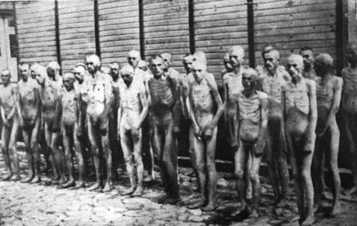 Bundesarchiv_Bild_192-208,_KZ_Mauthausen,_Sowjetische_Kriegsgefangene