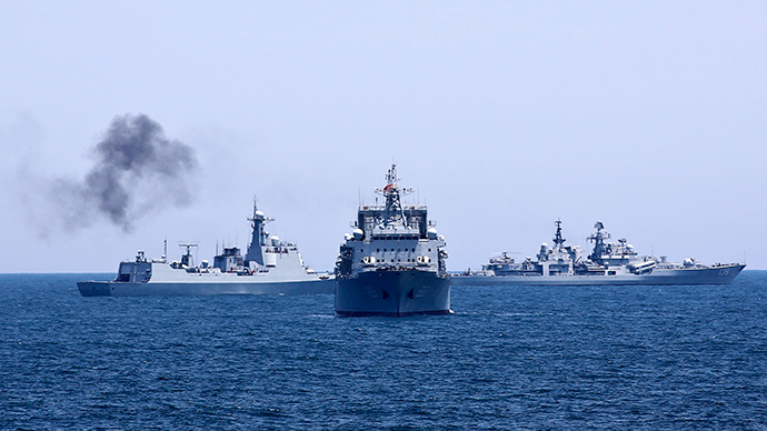 ARCHIVE PHOTO: Chinese and Russian naval vessels are seen during Joint Sea-2014 naval exercise outside Shanghai on the East China Sea, May 23, 2014 (Reuters / China Daily)