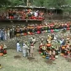 Εορτασμός και έθιμα Πρωτομαγιάς. 12/5/2899 ΞΕΚΙΝΑ ΤΟ Zhoshi festival, Kalasha Valleys, Chitral.