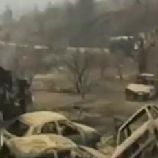 """ΕΠΙΚΑΙΡΟ... : 1998 """"... αδέλφια Πυροσβέστες… νυν υπέρ πάντων ο αγών… αι ημέτεραι δυνάμεις να αμυνθούν της ΙΣΤΟΡΙΑΣ ΜΑΣ… αδέλφια Πυροσβέστες απόψε δίνουμε τον υπέρτατο αγώνα… για τη σωτηρία του κάλλιστου τόπου… γι' αυτά που μας άφησαν… σας ομιλεί το Κέντρο Πύργου… πρέπει να νικήσουμε…!!!"""""""